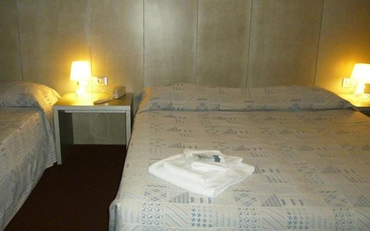 Dreibettzimmer hotel europa grado for Hotel euro meuble grado